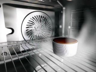 Многофункциональные духовые шкафы AEG – сразу четыре кулинарных процесса