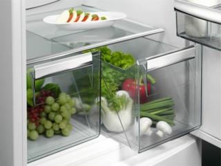 Холодильники AEG с внутренней подсветкой LED Bulb