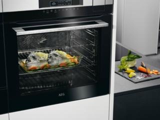 Функция поддержания температуры Heat and hold в духовых шкафах AEG