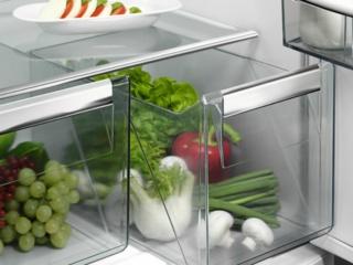 Индикация повышения температуры в холодильниках и морозильниках AEG