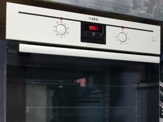 Индикатор времени приготовления в духовых шкафах AEG